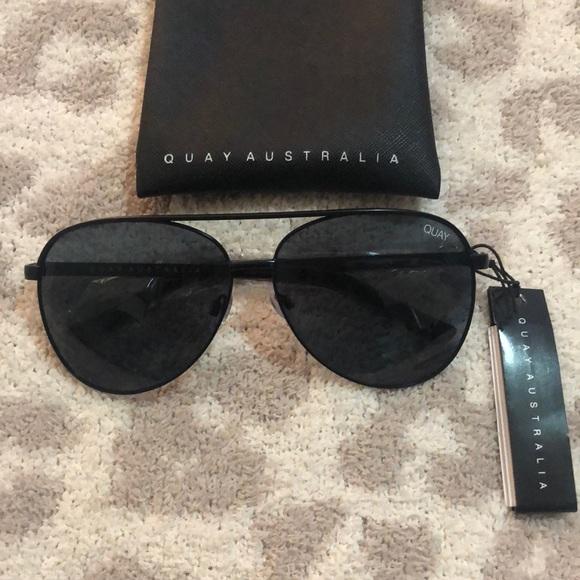 9ef41aaf47 Quay Australia Vivienne Sunglasses Black Smoke